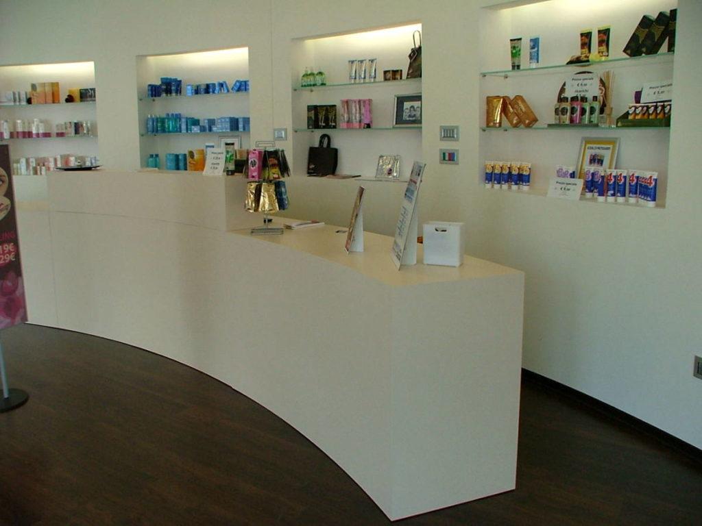 Centro estetico mobile artigianale Gamma Arredamenti Snc Macerata