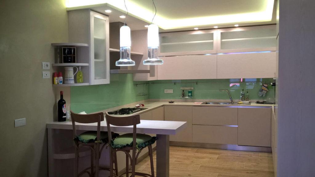 Cucina moderna verde mobili artigianali Gamma Arredamenti Snc Macerata