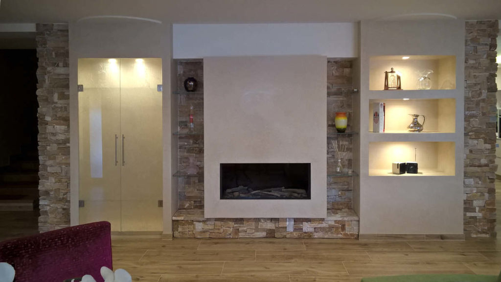 Tinello con mobili artigianali realizzati da Gamma Arredamenti Snc Macerata